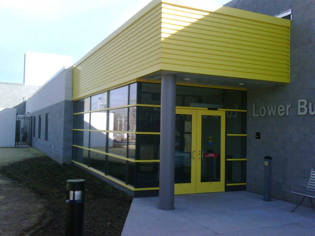 aluminum entrance 6